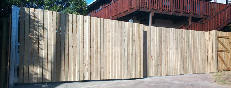 pine fencing 001